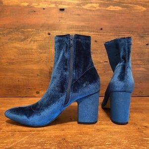 Steve Madden Velvet Boots-NWOT